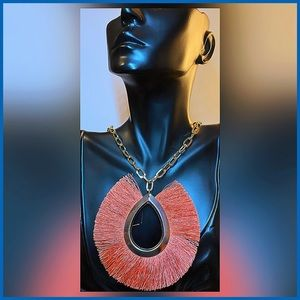 🏷 🆕 Fringe Trimmed Coral - Orange Necklace
